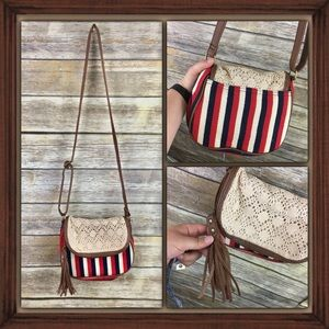 American Eagle Boho Style Cross Body Purse GUC